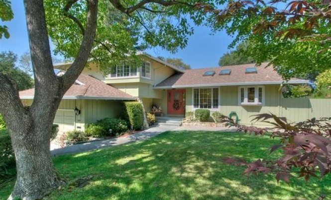 105 Pebble Beach Dr, Novato