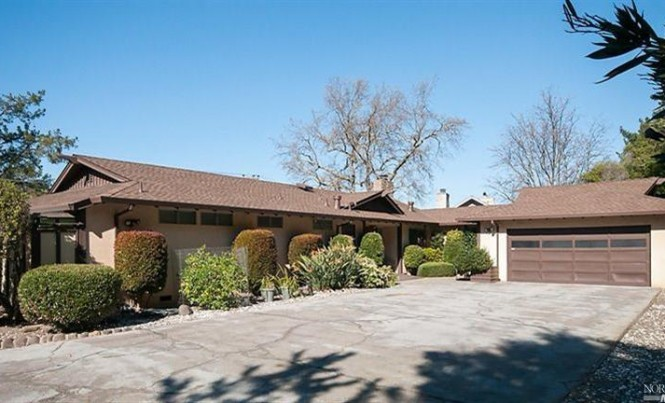 361 Fairway Dr, Novato
