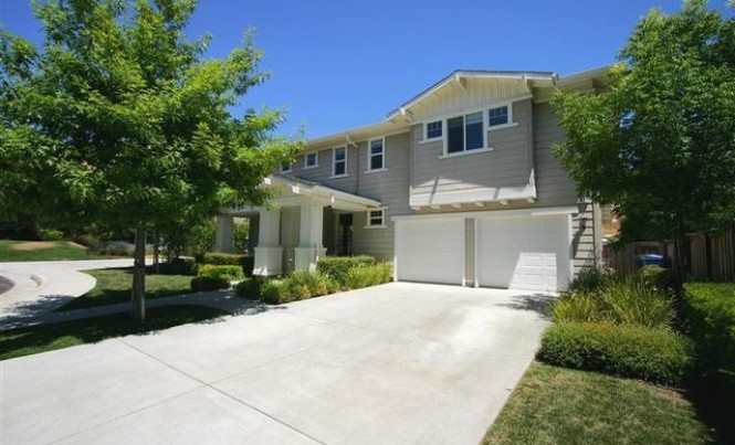 42 Rowe Ranch Way, Novato